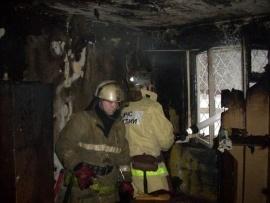 Пожарно-спасательные подразделения МЧС России ликвидировали пожар на территории Гурьевского ГО