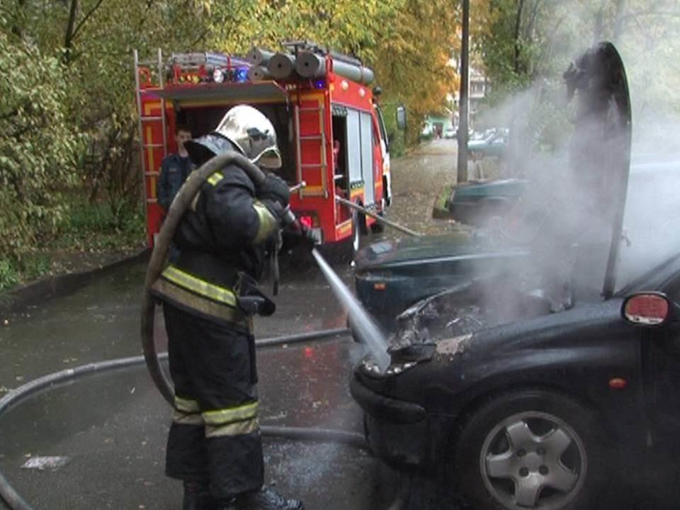 Пожарно-спасательное подразделение МЧС России ликвидировало пожар на территории Гурьевского ГО