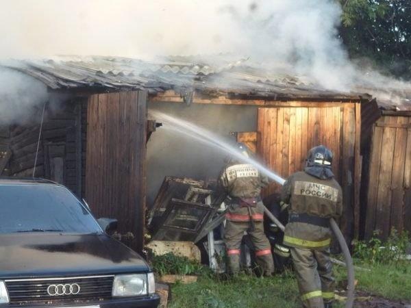 Пожарно-спасательные подразделения МЧС России ликвидировали пожар на территории Багратионовского ГО